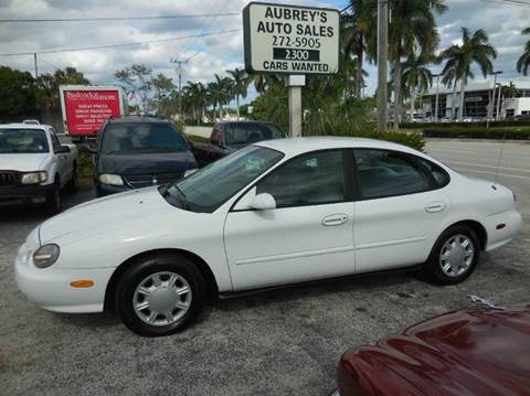 1998 Ford Taurus for sale in Delray Beach, FL