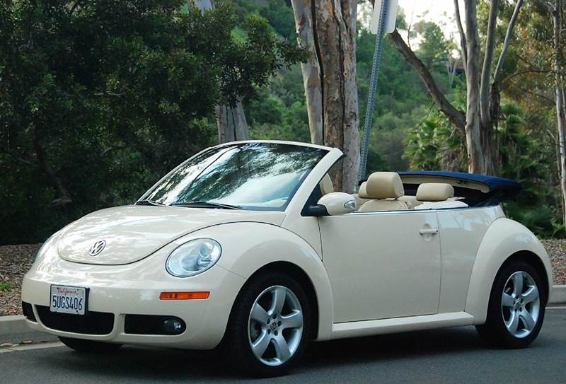 2006 Volkswagen New Beetle 2 5 2dr Convertible W Automatic