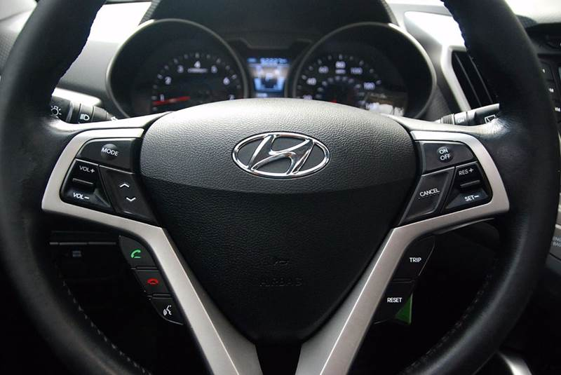 2012 Hyundai Veloster 3dr Coupe DCT W/TECH - San Diego CA