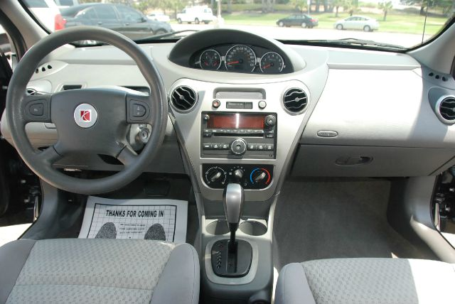 Saturn ion 2005 interior images for Inside 2007 online