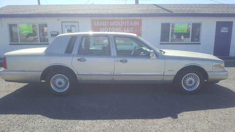 1997 Lincoln Town Car Signature 4dr Sedan In Fallon Nv Sand