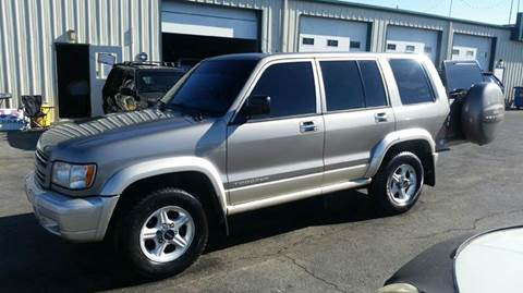 2001 Isuzu Trooper
