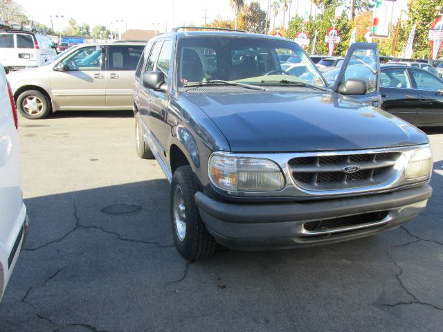 1998 FORD EXPLORER XLT 4-DOOR 4WD blue do not forget your on line car loan application g