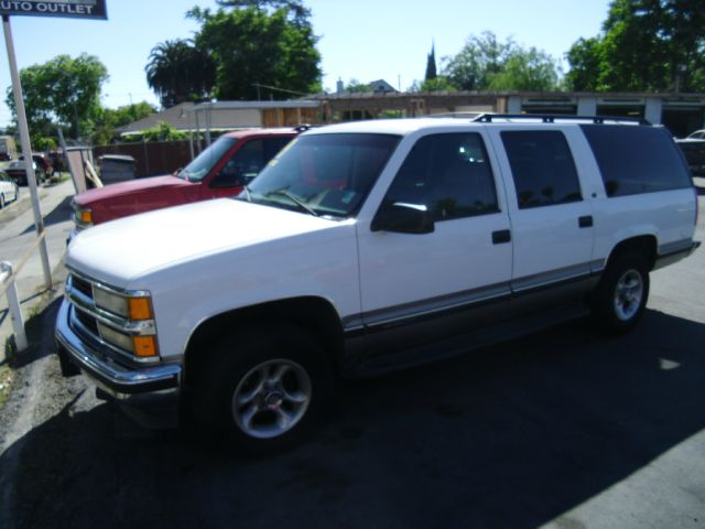 1999 CHEVROLET SUBURBAN LT 4WD white dont forget your online car loan application go to