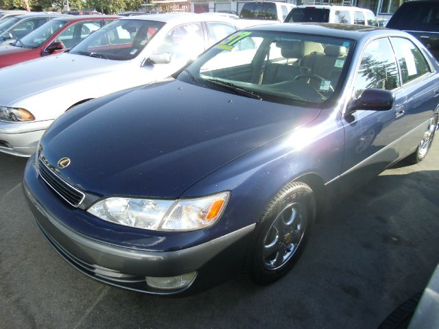 1997 LEXUS ES 300 blue do not forget your on line car loan application go to   wwwsjau