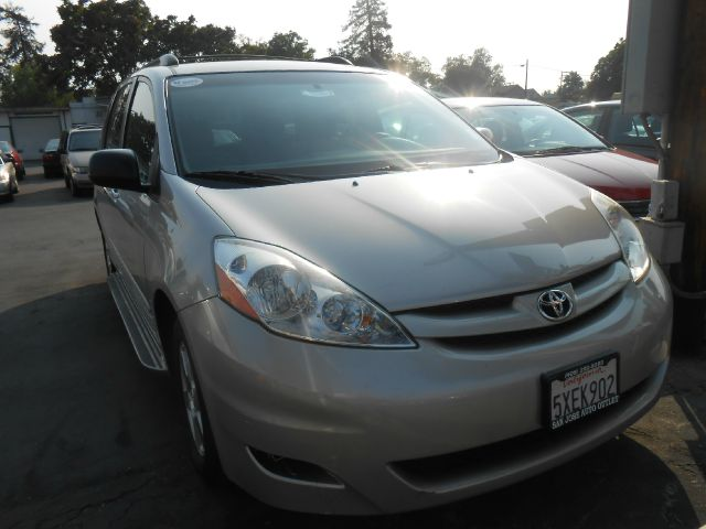 2006 TOYOTA SIENNA LE silver do not forget your on line car loan application go to   ww
