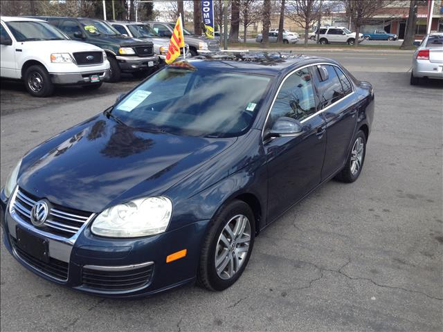 2006 VOLKSWAGEN JETTA TDI blue abs brakesair conditioningalloy wheelsamfm radioanti-brake sys