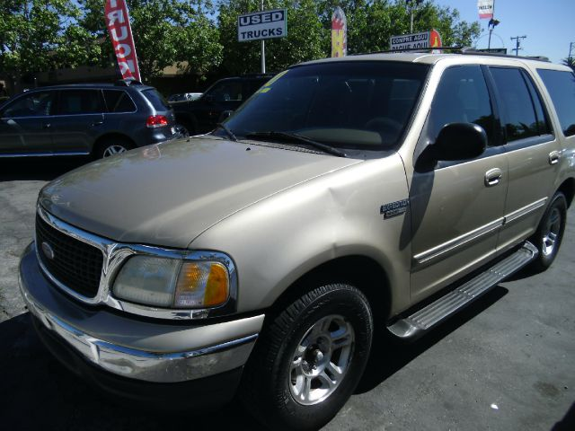 2000 FORD EXPEDITION XLT 2WD gold dont forget your online car loan application go to