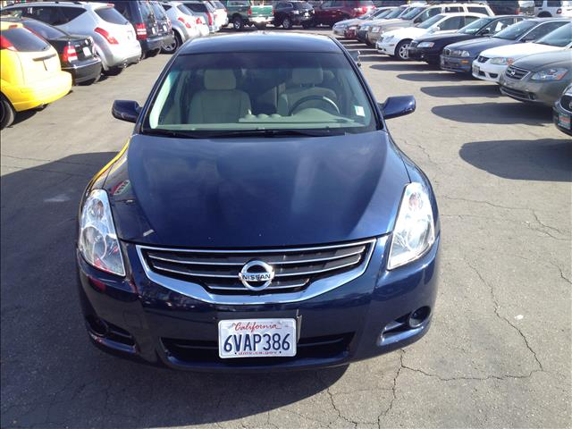 2012 NISSAN ALTIMA 25 S blue this is an internet offer so please ask for the internet sales team