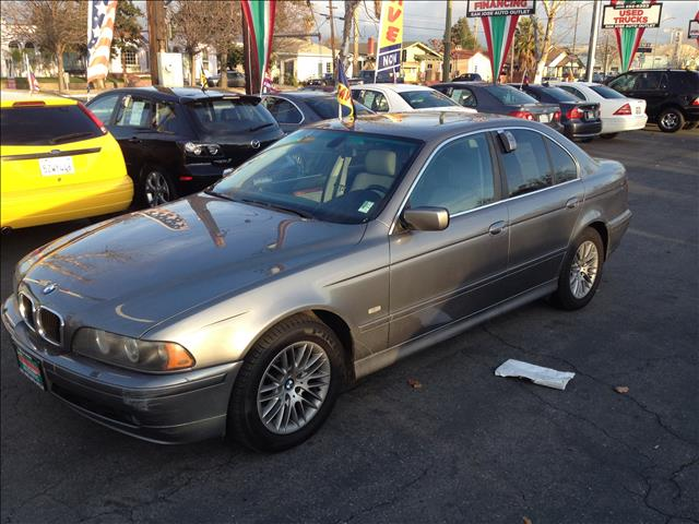 2003 BMW 5 SERIES 530I silver we can finance anyone   this is an internet offer so please ask fo
