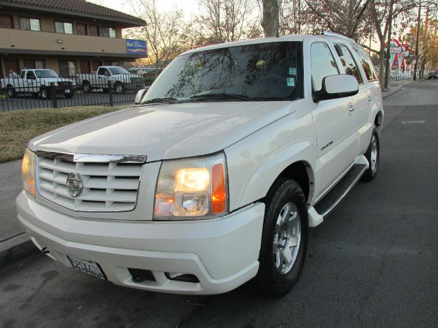 2002 CADILLAC ESCALADE AWD marron 2002 cadillac escalade  do not forget your on line car loan