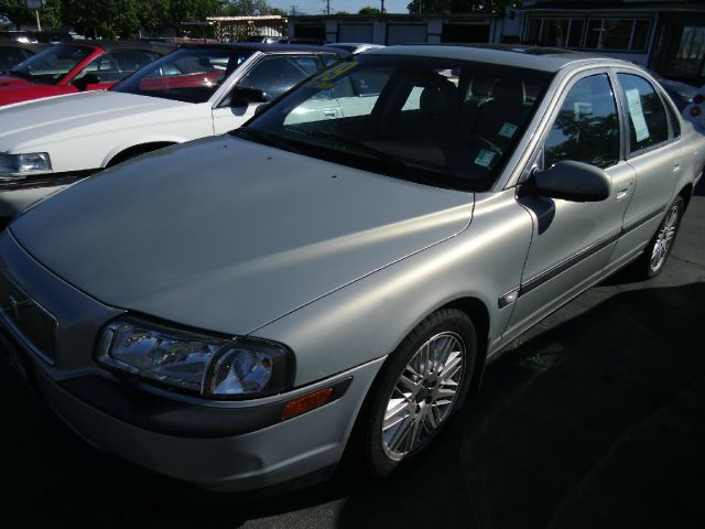 1999 VOLVO S80 T6 gold this is an internet offer so please ask for the internet sales team for th