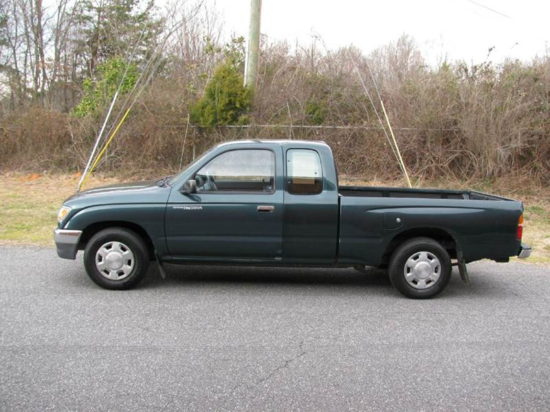 1996 toyota tacoma 2dr extended cab sb in hickory nc motorcars. Black Bedroom Furniture Sets. Home Design Ideas