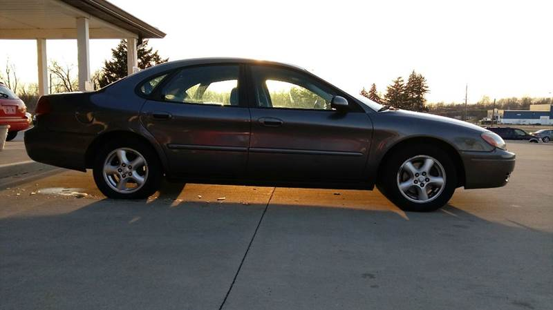 2004 Ford Taurus SES 4dr Sedan - Anderson IN