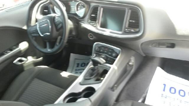2016 Dodge Challenger SXT 2dr Coupe - Del Rio TX
