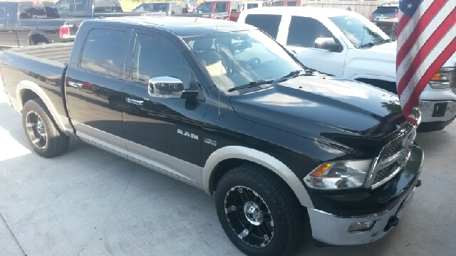 2009 Dodge Ram Pickup 1500 4x2 Laramie 4dr Crew Cab 5.5 ft. SB - Del Rio TX