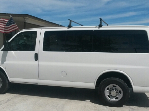 2011 Chevrolet Express Passenger for sale in Del Rio, TX