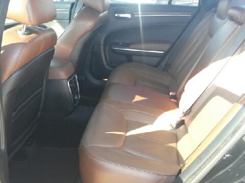 2013 Chrysler 300 for sale in Del Rio, TX