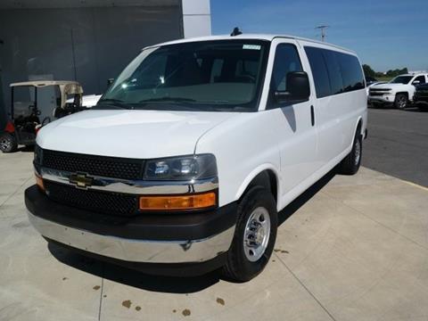 2017 Chevrolet Express Passenger for sale in Newport, AR