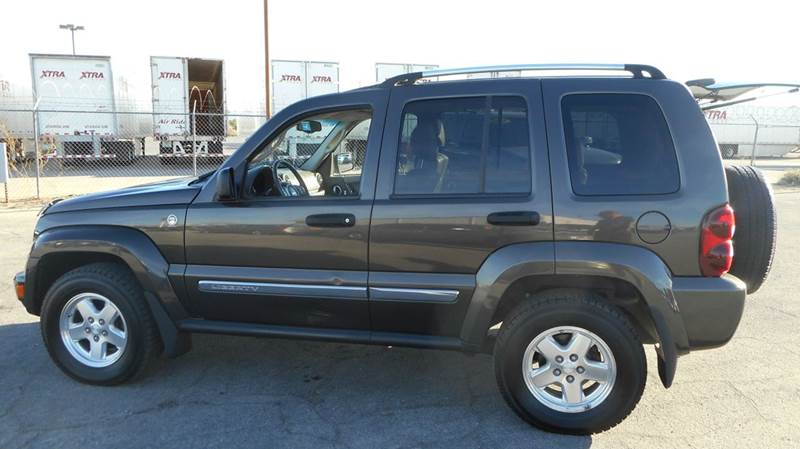 Used Cars in Las Vegas 2005 Jeep Liberty