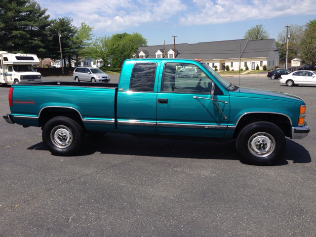 Chevrolet c k 2500 series for sale for Waters motors maryville tn