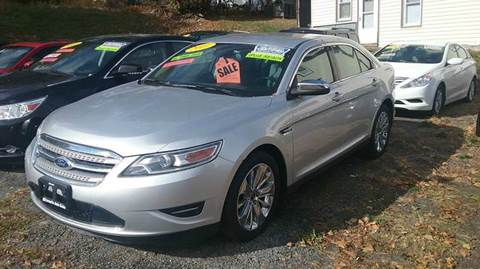 2011 Ford Taurus for sale in Middletown, NY