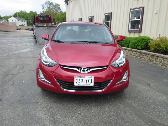 2016 Hyundai Elantra Value Edition 4dr Sedan 6A - West Bend WI