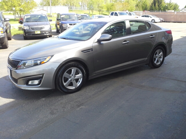 2015 Kia Optima LX 4dr Sedan - West Bend WI