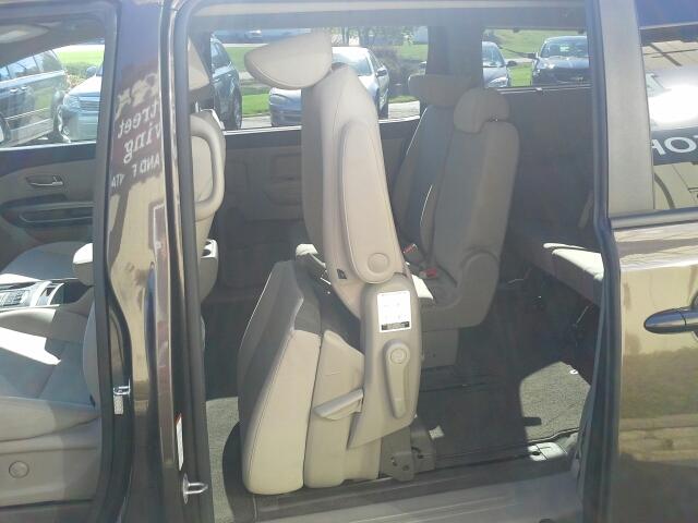2016 Kia Sedona LX 4dr Mini Van - West Bend WI
