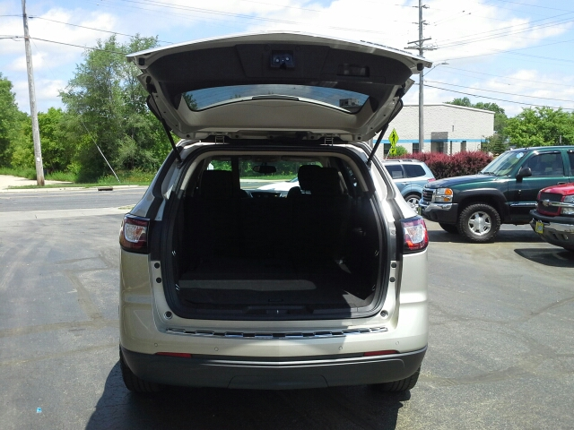 2013 Chevrolet Traverse LT 4dr SUV w/1LT - West Bend WI