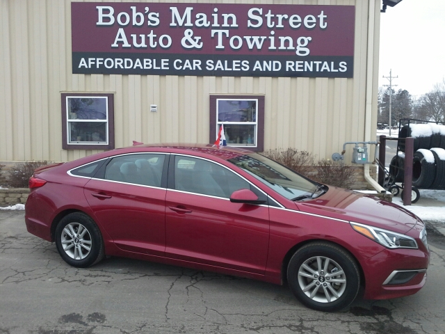 2016 Hyundai Sonata SE 4dr Sedan - West Bend WI
