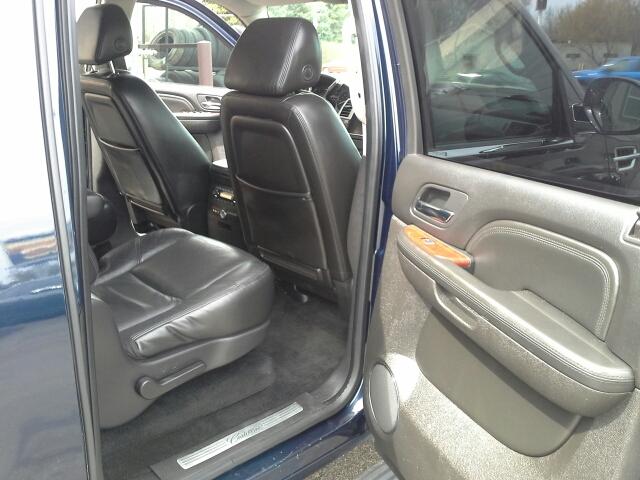 2008 Cadillac Escalade ESV - West Bend WI