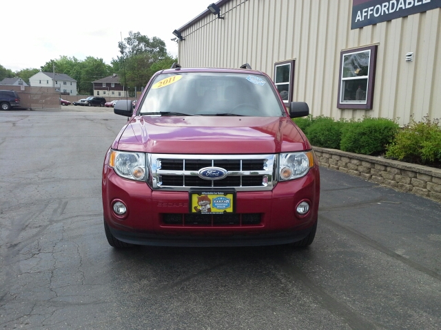 2011 Ford Escape XLT AWD 4dr SUV - West Bend WI