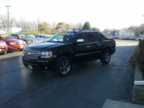 2009 Chevrolet Avalanche for sale in West Bend, WI