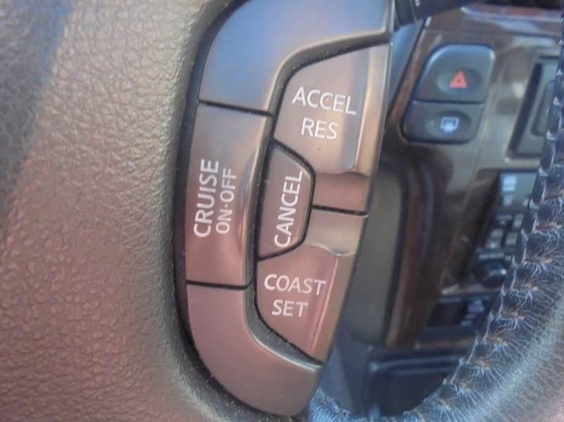 2002 Nissan Pathfinder LE 2WD 4dr SUV - Fairfield TX