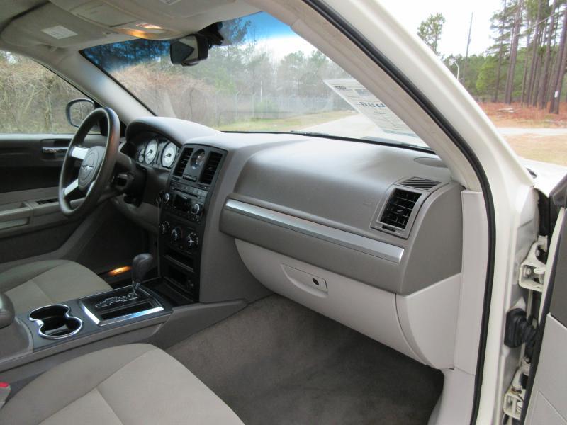 2008 Chrysler 300 LX 4dr Sedan - Garner NC