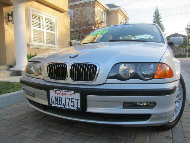 2000 BMW 3 SERIES 328I silver 107k miles clean title 1-owner 4 new tires excellent condition - ext