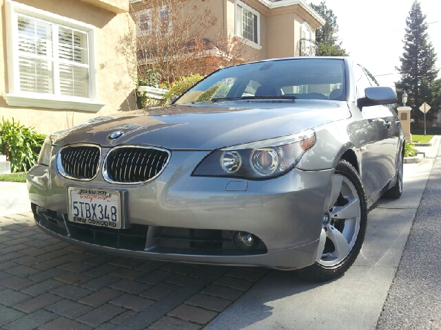 2006 BMW 5 SERIES 525I space grey both exterior and interior are in immaculate condition desirable
