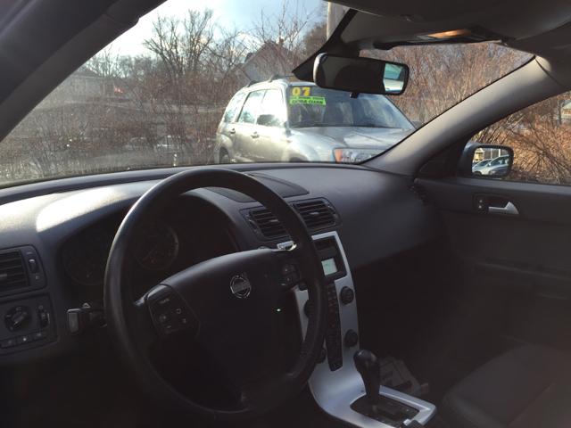2005 Volvo S40 T5 AWD 4dr Turbo Sedan - North Attleboro MA