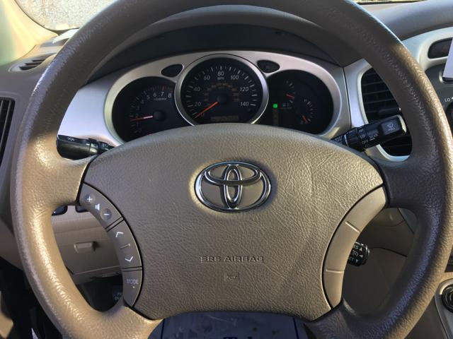 2005 Toyota Highlander Limited 4dr SUV w/3rd Row - La Crosse WI