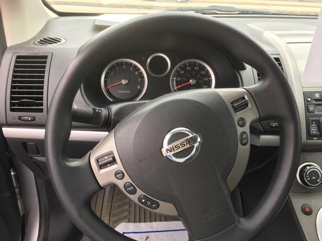 2010 Nissan Sentra 2.0 4dr Sedan CVT - La Crosse WI