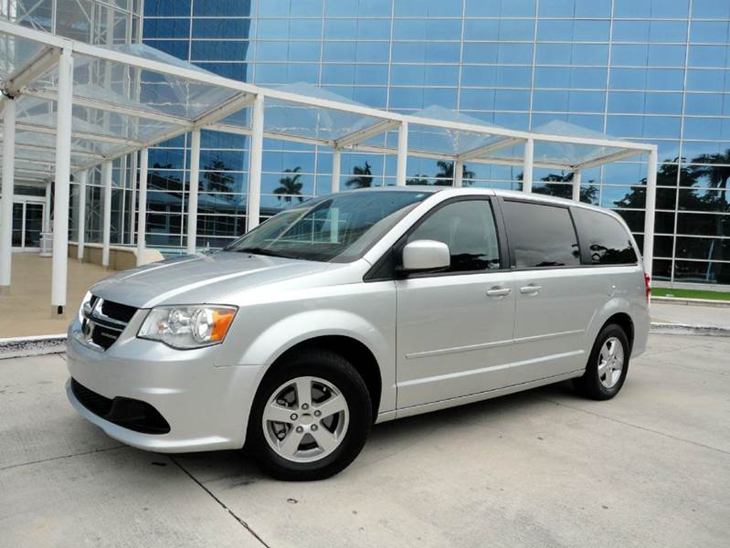 2011 dodge grand caravan mainstreet 5dr minivan in hollywood fl carstrada inc. Black Bedroom Furniture Sets. Home Design Ideas