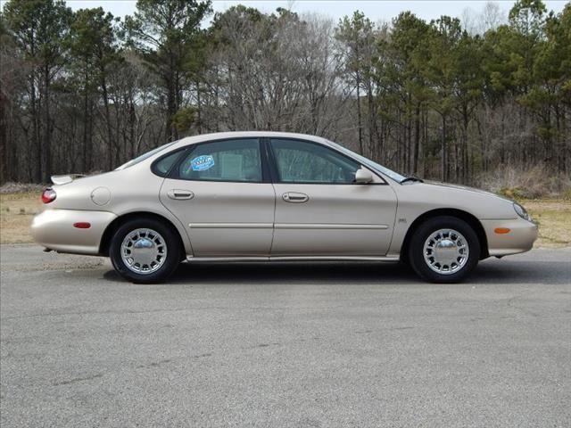 1998 ford taurus se 4dr sedan in jasper haleyville double. Black Bedroom Furniture Sets. Home Design Ideas
