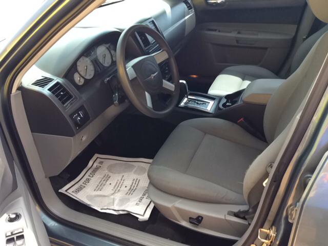 2005 Chrysler 300 Base Rwd 4dr Sedan - Blanchard OK