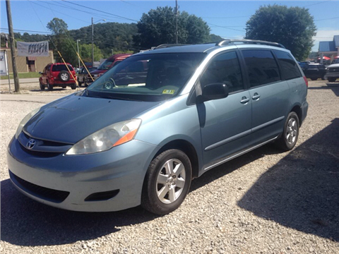 2007 Toyota Sienna for sale in Eleanor, WV