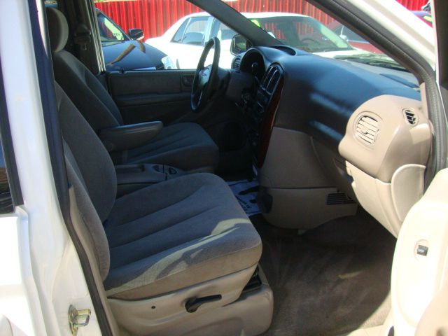 2003 Chrysler Town & Country eX FWD - Dallas TX