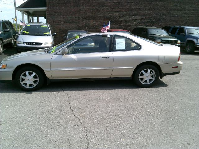 Used 1995 honda accord for sale for Discount motors in madison