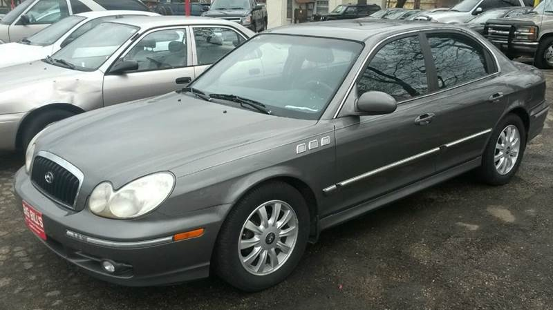 2002 hyundai sonata gls 4dr sedan in milwaukee wi big bills. Black Bedroom Furniture Sets. Home Design Ideas