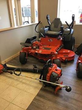 2017 Husqvarna M-ZT 61 ZERO TRUN MOWER 27HP B for sale in Wayland, MI