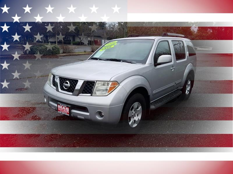 2006 Nissan Pathfinder SE Sport Utility 4D - Riverbank CA